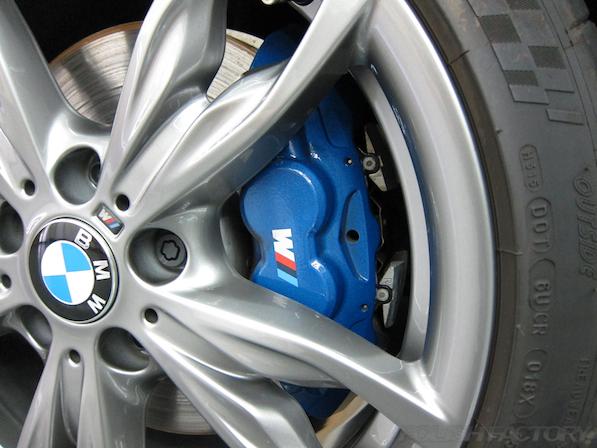 BMWM135iガラスコーティング施工、アルミホィール画像、キャリパー画像