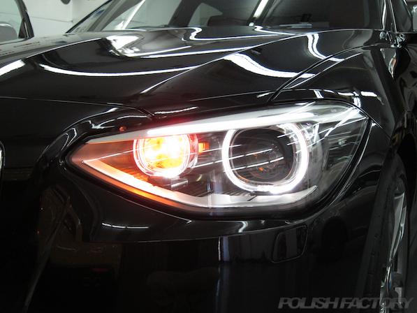 BMWM135iガラスコーティング施工、ヘッドライト画像