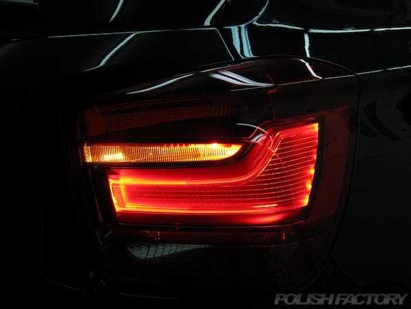 BMWM135iガラスコーティング施工、テールレンズ画像