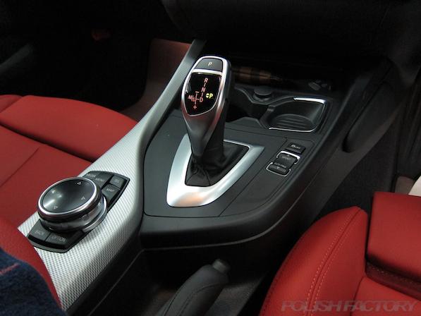 BMWM135iガラスコーティング施工、iドライブシフト画像