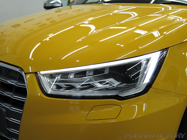 アウディ・S1にガラスコーティング施工、ポジションライト、ディライト画像