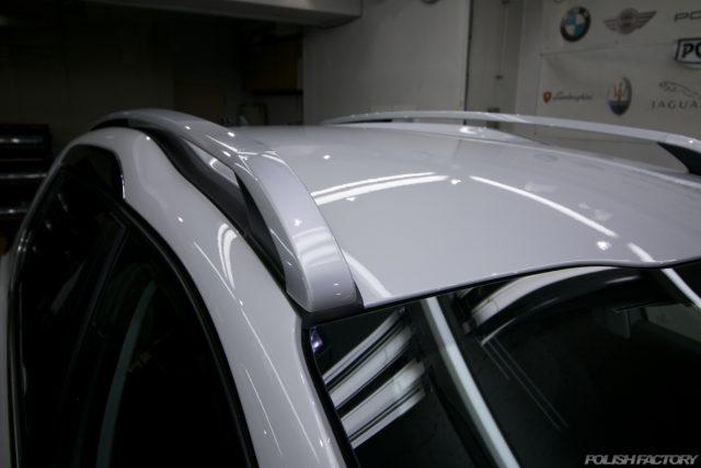 ガラスコーティング施工で入庫中、新車プジョー2008のコーティング後の画像