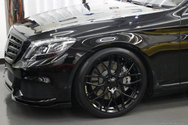 メルセデスマイバッハの新車にコーティング施行