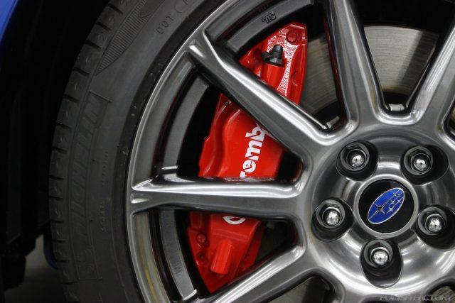 スバルBRZ GTの新車にガラスコーティング施行、大田区よりお越しいただきました!