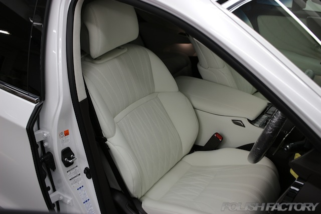ガラスコーティング施工画像|レクサスLS500h EXECUTIVE|シート座席