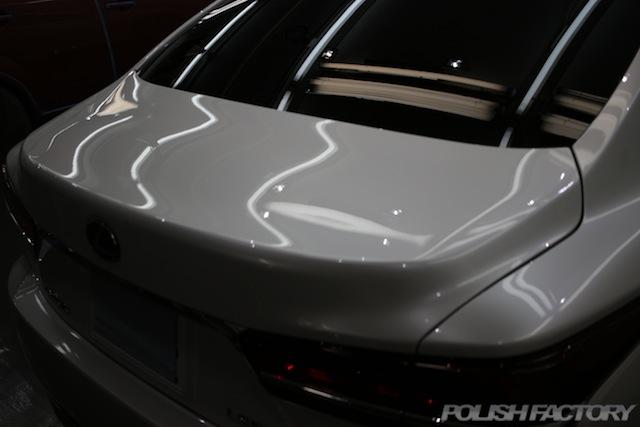 ガラスコーティング施工画像|レクサスLS500h EXECUTIVE|トランク