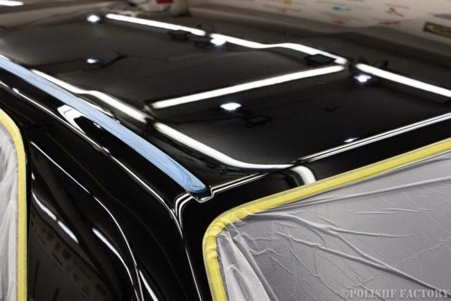 トヨタセンチュリー202ブラック磨き後のテロンテロン画像