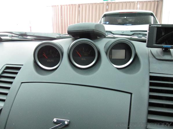 日産 フェアレディZ Z33ガラスコーティング施工補機メーター画像