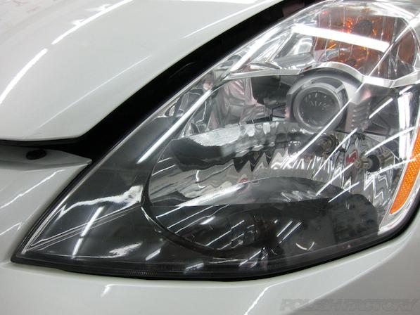 日産 フェアレディZ Z33ガラスコーティング施工綺麗に磨いたヘッドライト画像
