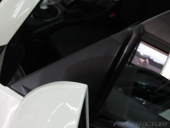 日産 フェアレディZ Z33ガラスコーティング施工黒樹脂部画像