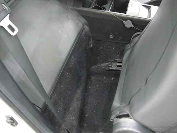 日産 フェアレディZ Z33ガラスコーティング施工室内汚れ画像