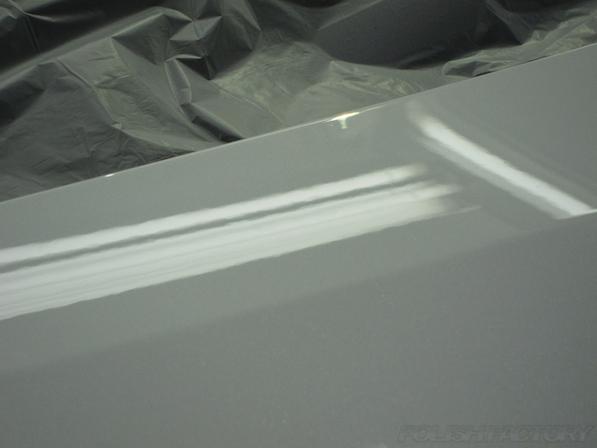 トヨタアルファードにガラスコーティング、綺麗な画像