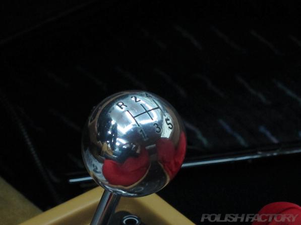 フェラーリFerrari512TRにガラスコーティング、シフトレバー画像