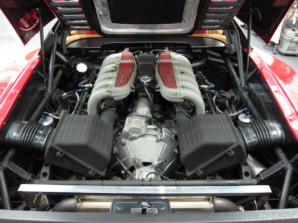 フェラーリFerrari512TRにガラスコーティング、エンジン画像