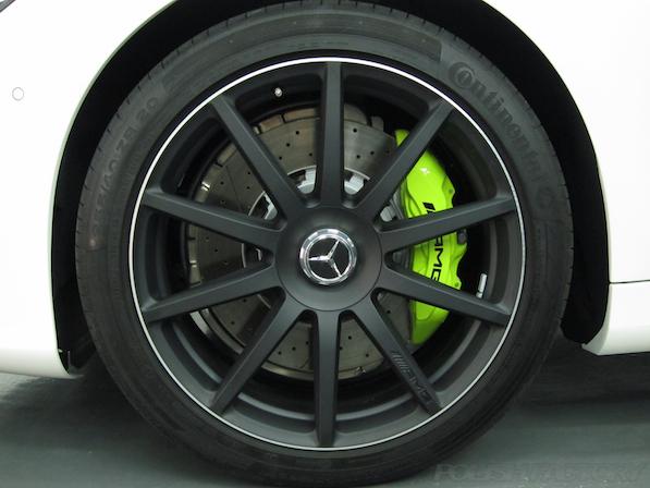 メルセデス・ベンツ S63 AMG 4マチックロングガラスコーティング施工、アルミホィール画像