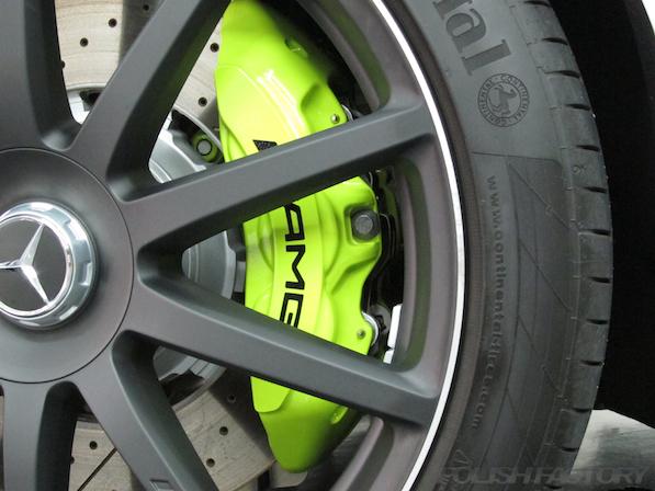 メルセデス・ベンツ S63 AMG 4マチックロングガラスコーティング施工、キャリパー画像