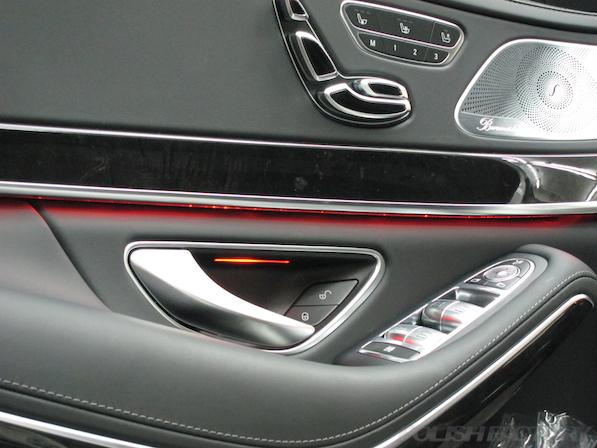 メルセデス・ベンツ S63 AMG 4マチックロングガラスコーティング施工、内張画像