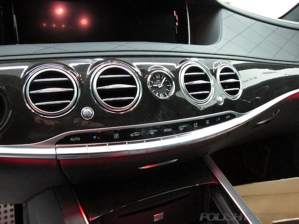 メルセデス・ベンツ S63 AMG 4マチックロングガラスコーティング施工、IWCウォッチ画像