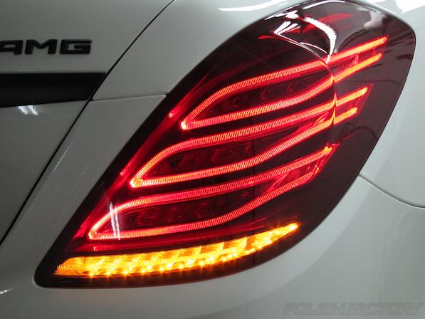 メルセデス・ベンツ S63 AMG 4マチックロングガラスコーティング施工、テールレンズ画像