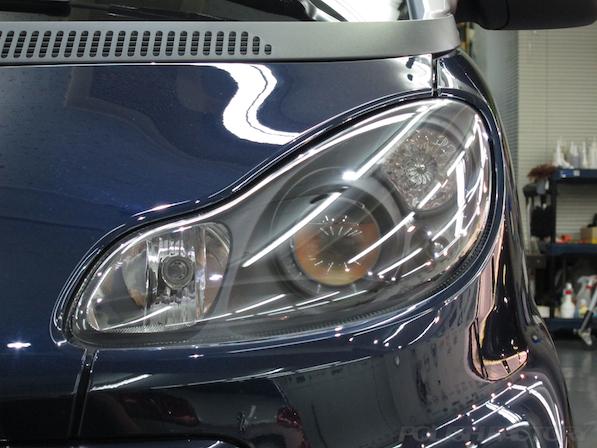 BRABUS エクスクルーシブ エディション ミッドナイトブルーにガラスコーティング施工ヘッドライト画像