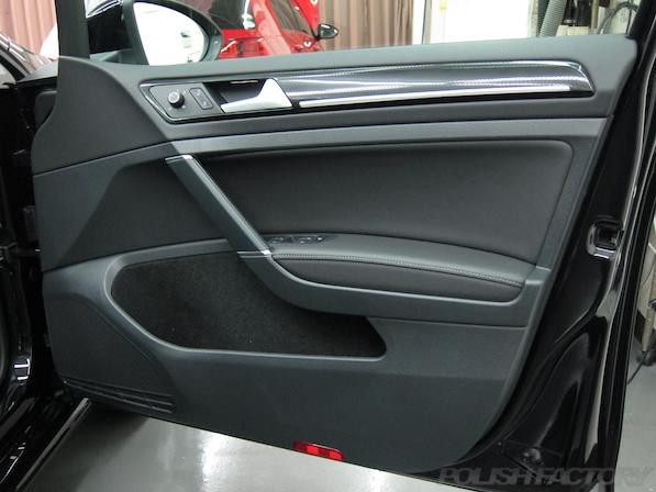 VW フォルクスワーゲン ゴルフヴァリアントにガラスコーティング施工ドア内張画像