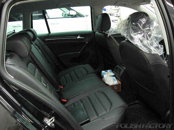 VW フォルクスワーゲン ゴルフヴァリアントにガラスコーティング施工リアシート画像