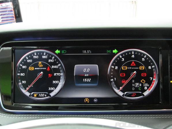 メルセデス・ベンツ S63 AMG 4マチッククーペにガラスコーティング施工、メーター画像