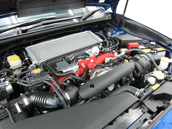 スバル WRX STI Type Sガラスコーティング施工エンジン画像