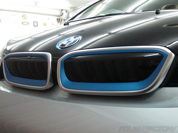 BMW i3 レンジエクステンダー装着車ガラスコーティング施工穴のないキドニーグリル画像