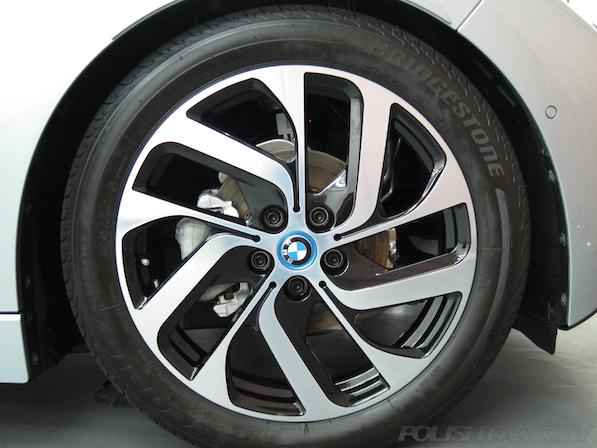BMW i3 レンジエクステンダー装着車ガラスコーティング施工アルミホィール画像