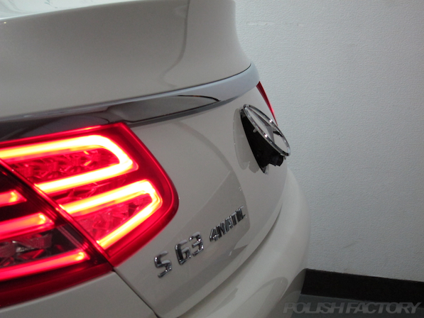 メルセデス・ベンツ S63 AMG 4マチッククーペにガラスコーティング施工リアバックカメラ画像