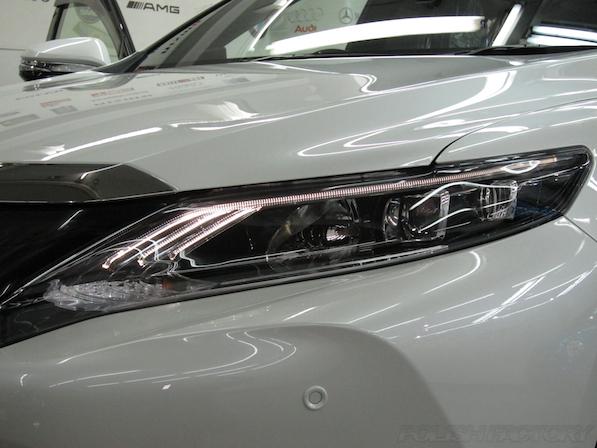 トヨタ ハリアー新車にガラスコーティング施工時のライト画像