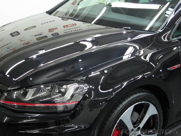 VW ゴルフ 7 GTIにガラスコーティング施工、コーティング後画像