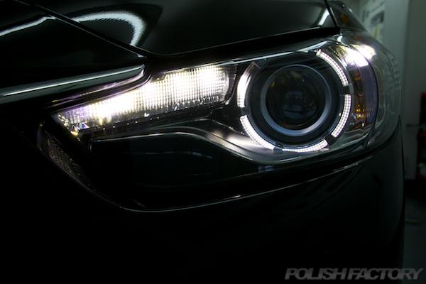 マツダ MAZDA アテンザワゴンガラスコーティング施工ヘッドライト画像