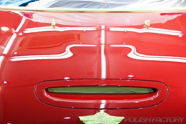 ミニ クーパーSの新車にガラスコーティング施工時のツヤツヤな画像