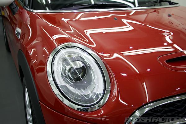 ミニ クーパーSの新車にガラスコーティング施工時の画像
