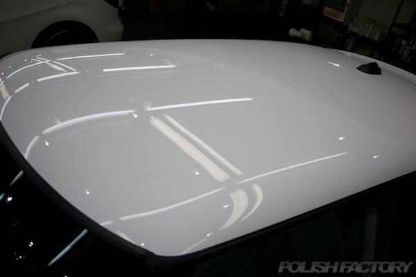 ミニ クーパーSの新車にガラスコーティング施工時の下地処理後画像