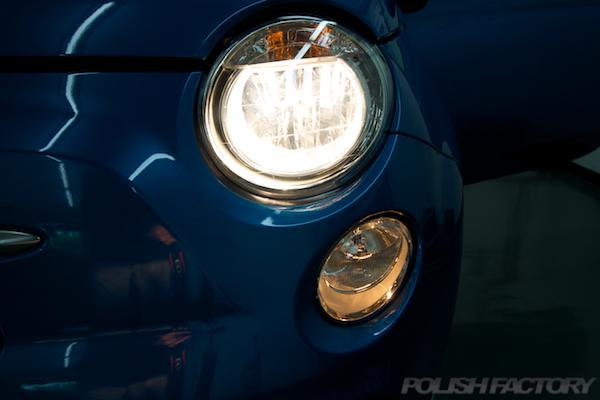 フィアット500Sツインエアー5MTにガラスコーティング施工ライト画像