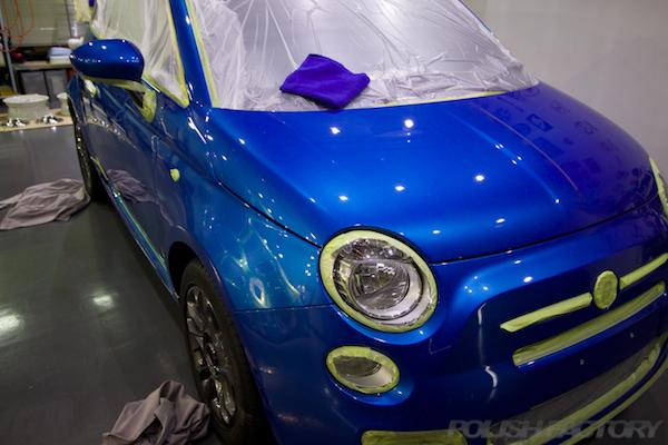 フィアット500Sツインエアー5MTにガラスコーティング施工マスキング画像