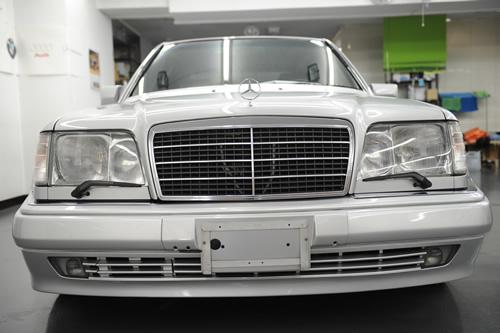 W124 E500LTD 磨きガラスコーティング施工画像