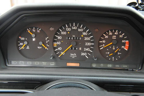 メルセデス ベンツ W124 500E 施工画像