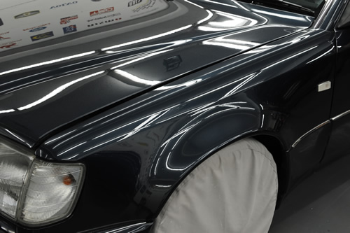 メルセデス ベンツ W124 500E ガラスコーティング 施工画像