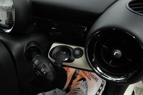 BMW MINI ミニ クーパー クラブマン 磨きコーティング施工画像