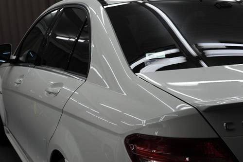 AMG C63磨きガラスコーティング