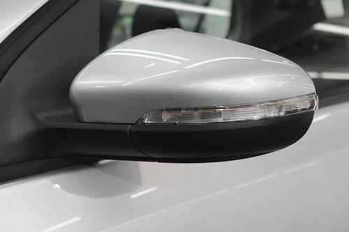VW ゴルフ磨きガラスコーティング施工画像