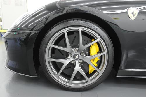 フェラーリ Ferrari 599GTO 磨き ガラスコーティング施工画像