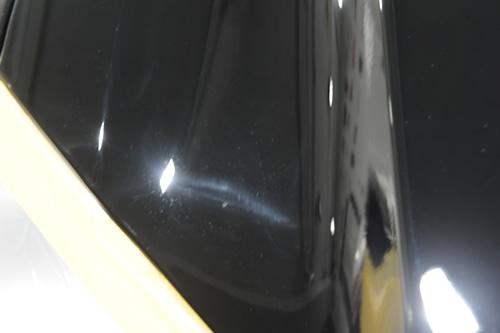 サバーバン 磨きガラスコーティング画像