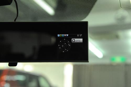 インプレッサ STI 磨きガラスコーティング施工画像
