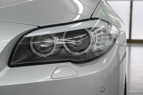 BMW F11 523Tur 磨きガラスコーティング画像