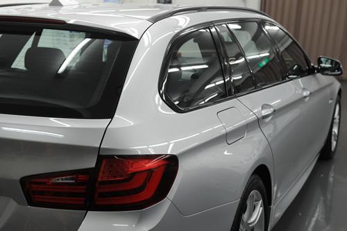 BMW523ツーリングF11 磨きがラスコー画像